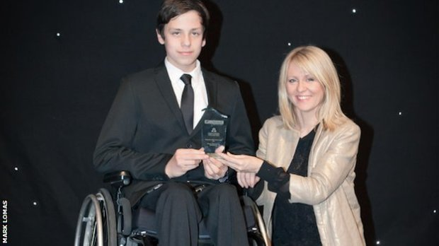 BBC Sport - Paralympians among winners at disability sport awards